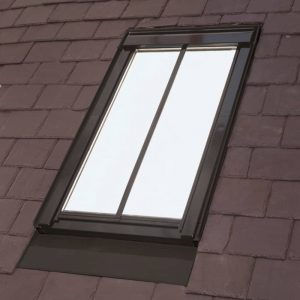 zoom_Velux_Top_Hung_Conservation_Roof_Window_White_Painted_Finish_including_Flashing_5