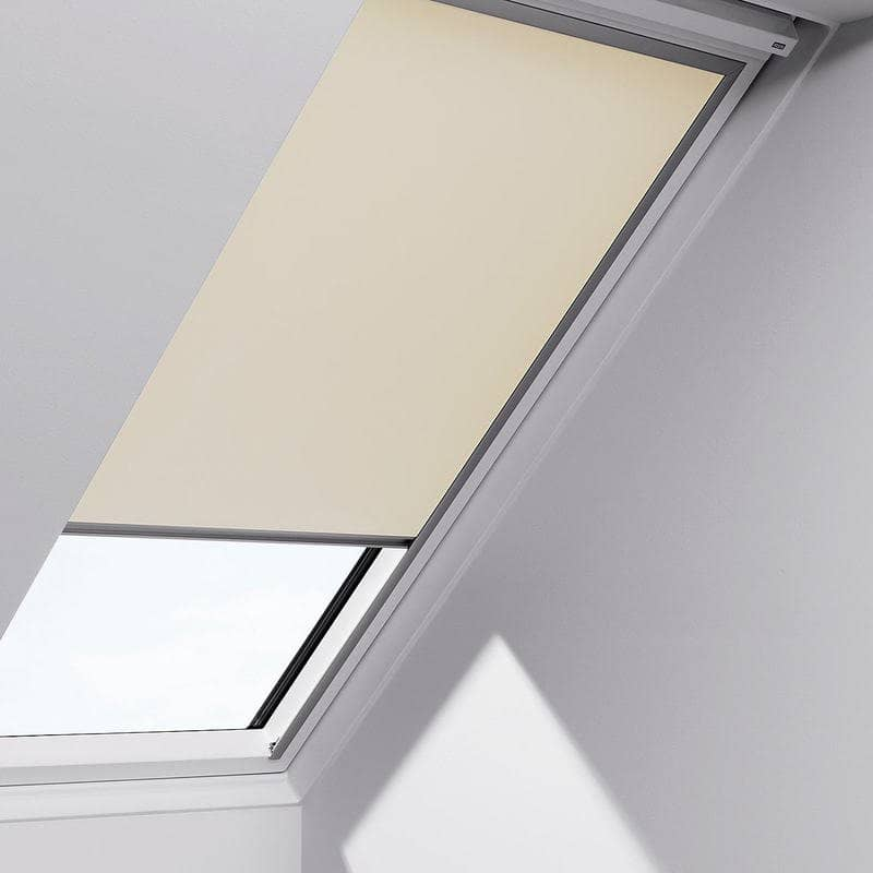 Velux blackout blinds dklck021025 for Velux window shades