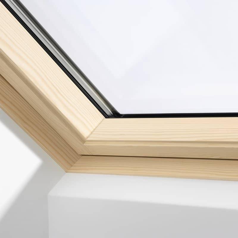Velux Centre Pivot Roof Window Pine Finish Gglck023070