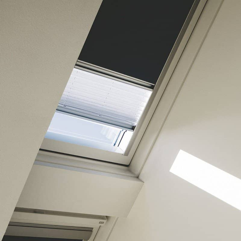Velux duo blackout pleated blinds dfdck021025 1016 for Sun tunnel blackout shade