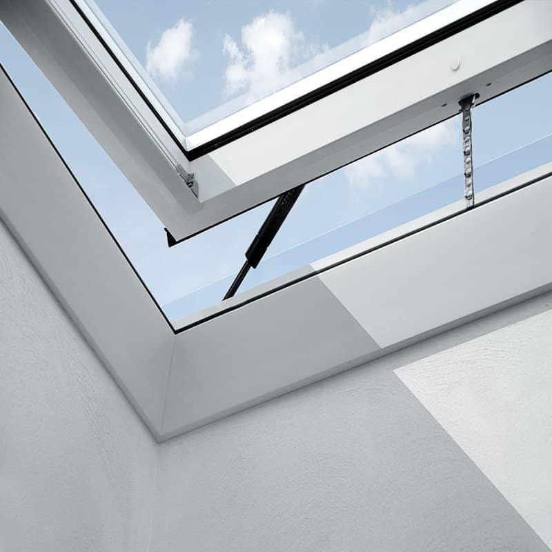 Velux integra electric flat roof window cvps06g for Velux glass